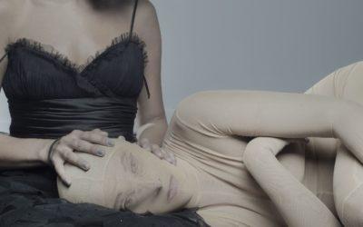 Αποτέλεσμα εικόνας για erotica kolaz body